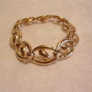 """Vintage Gold Tone Oval Link Bracelet 7.25"""" L"""